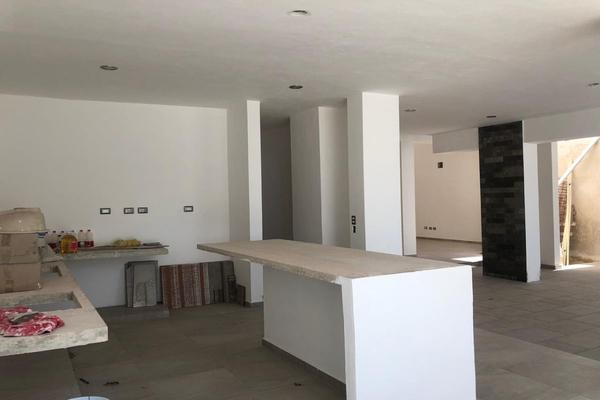 Foto de casa en venta en  , montebello, mérida, yucatán, 14028920 No. 14