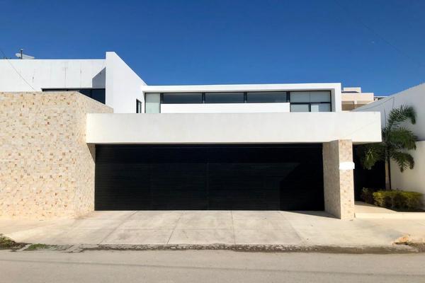 Foto de casa en venta en  , montebello, mérida, yucatán, 19419158 No. 01