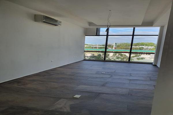 Foto de oficina en venta en  , montebello, mérida, yucatán, 0 No. 02