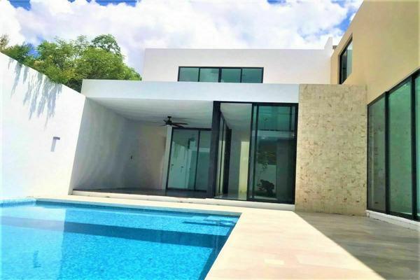 Foto de casa en venta en  , montebello, mérida, yucatán, 21023494 No. 01
