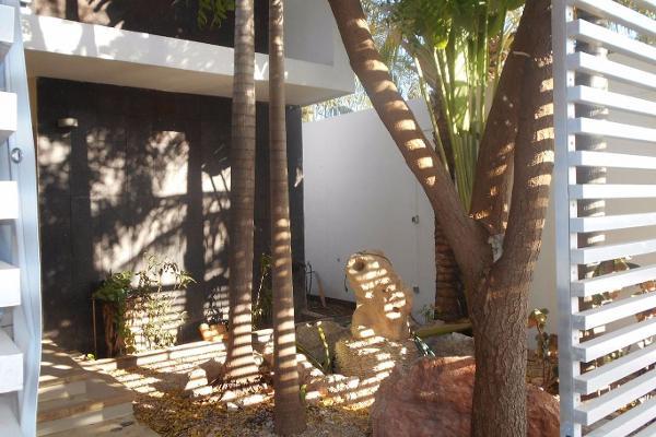 Foto de casa en venta en  , montebello, mérida, yucatán, 3048319 No. 02