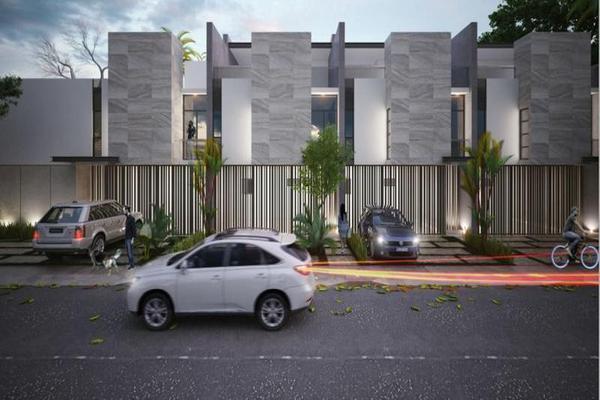 Foto de casa en venta en  , montebello, mérida, yucatán, 8100616 No. 01