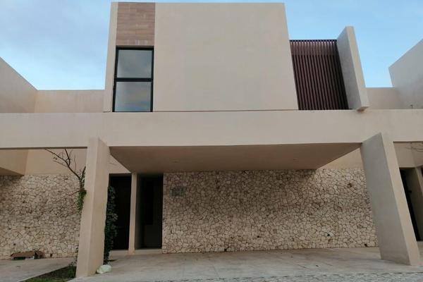 Foto de casa en venta en  , montebello, mérida, yucatán, 8261562 No. 01