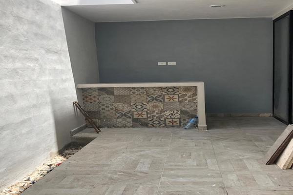 Foto de casa en venta en  , montebello, mérida, yucatán, 8323567 No. 02