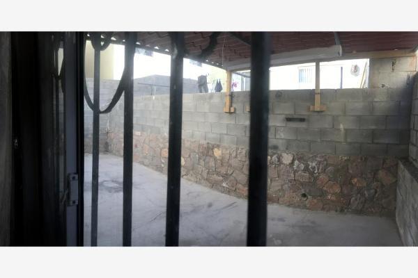 Foto de casa en venta en  , montecarlo, chihuahua, chihuahua, 3147235 No. 02