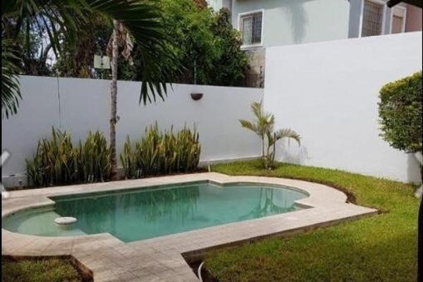 Foto de casa en venta en  , montecristo, mérida, yucatán, 14027378 No. 03
