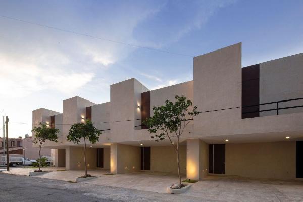 Foto de casa en venta en  , montecristo, mérida, yucatán, 14038525 No. 01