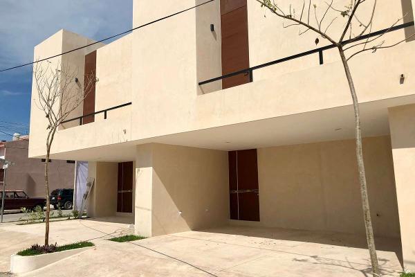Foto de casa en venta en  , montecristo, mérida, yucatán, 3065196 No. 02
