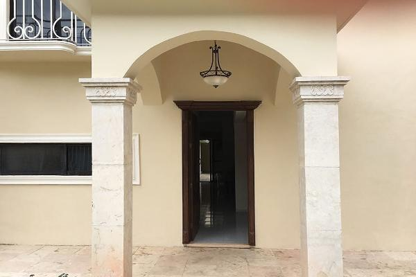 Foto de casa en venta en  , montecristo, mérida, yucatán, 5668086 No. 01