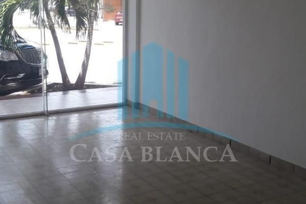 Foto de local en renta en  , montejo, mérida, yucatán, 13820903 No. 13