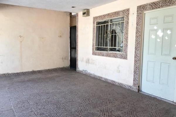 Foto de casa en venta en  , monterreal, torreón, coahuila de zaragoza, 8867145 No. 02
