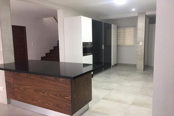 Foto de casa en renta en  , monterrey centro, monterrey, nuevo león, 11296738 No. 01