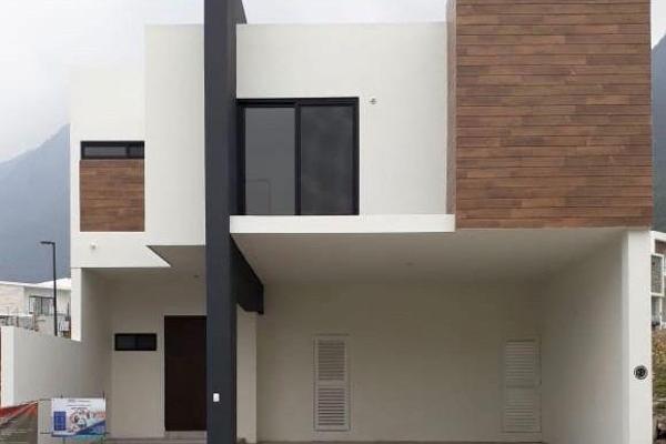 Foto de casa en venta en  , monterrey centro, monterrey, nuevo león, 7958158 No. 01