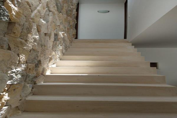 Foto de casa en venta en  , montes de ame, mérida, yucatán, 14026379 No. 02