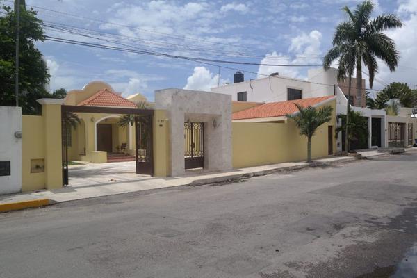 Foto de casa en venta en  , montes de ame, mérida, yucatán, 14028029 No. 02