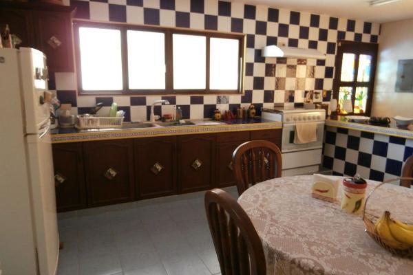 Foto de casa en venta en  , montes de ame, mérida, yucatán, 2630627 No. 02