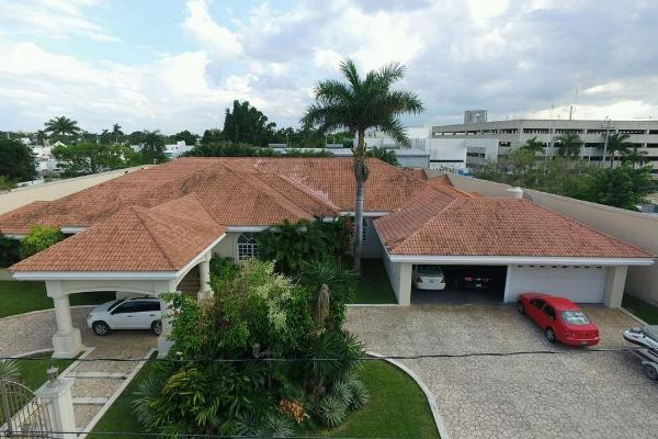 Foto de casa en venta en  , montes de ame, mérida, yucatán, 2642684 No. 01