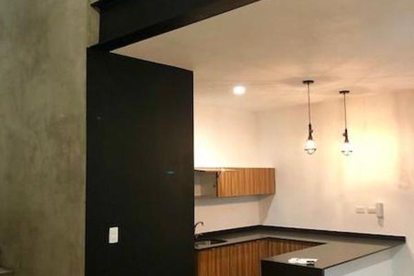 Foto de casa en venta en  , montes de ame, mérida, yucatán, 7860631 No. 02