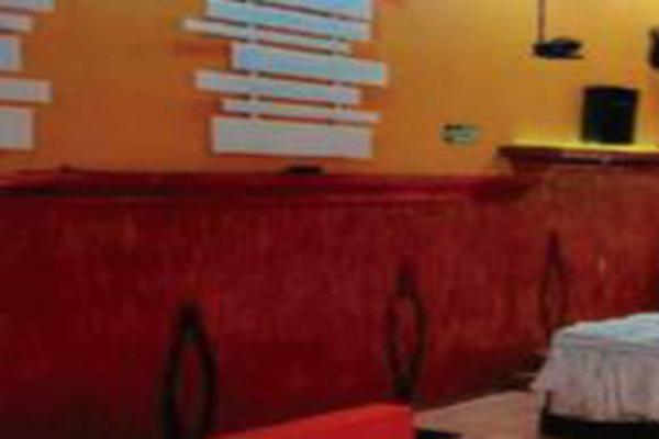 Foto de edificio en venta en  , morelia centro, morelia, michoacán de ocampo, 16691266 No. 02