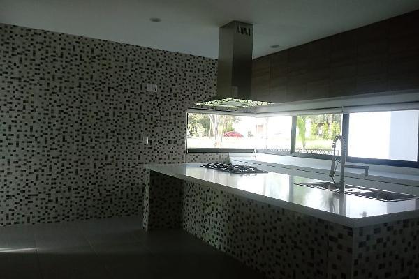 Foto de casa en venta en  , morelia centro, morelia, michoacán de ocampo, 5663366 No. 02
