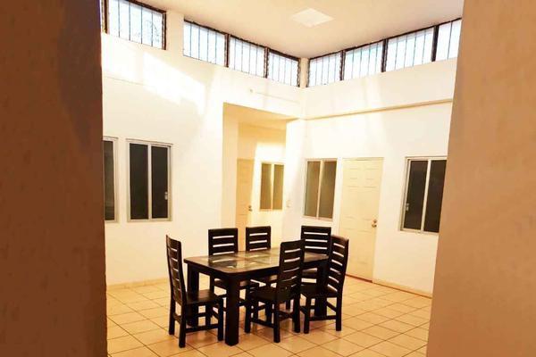 Foto de edificio en venta en  , morelos, morelia, michoacán de ocampo, 15853048 No. 01