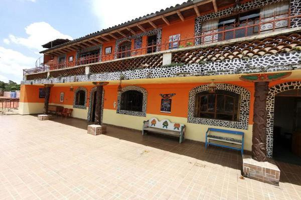 Foto de edificio en venta en  , morelos, pátzcuaro, michoacán de ocampo, 12908444 No. 01