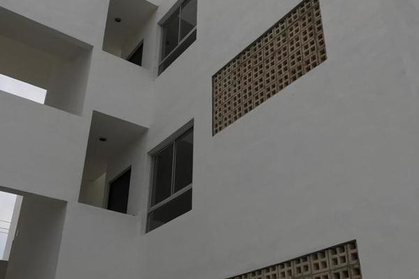 Foto de departamento en venta en  , mulchechen, kanasín, yucatán, 9197277 No. 02