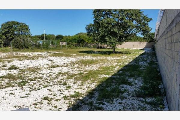 Foto de terreno habitacional en venta en  , mundo maya, carmen, campeche, 3656658 No. 01
