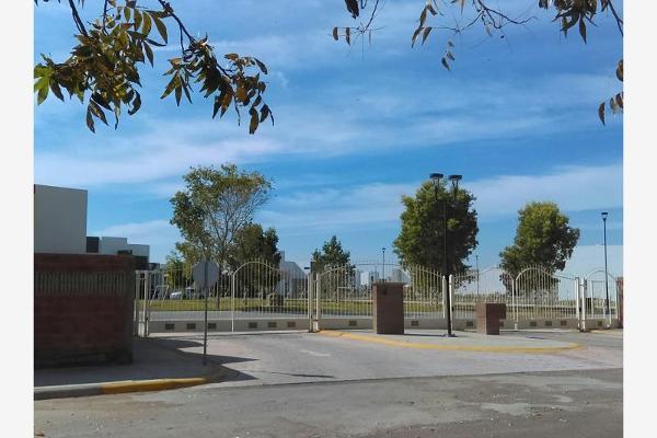 Foto de casa en venta en s/n , fraccionamiento villas del renacimiento, torreón, coahuila de zaragoza, 4681214 No. 03