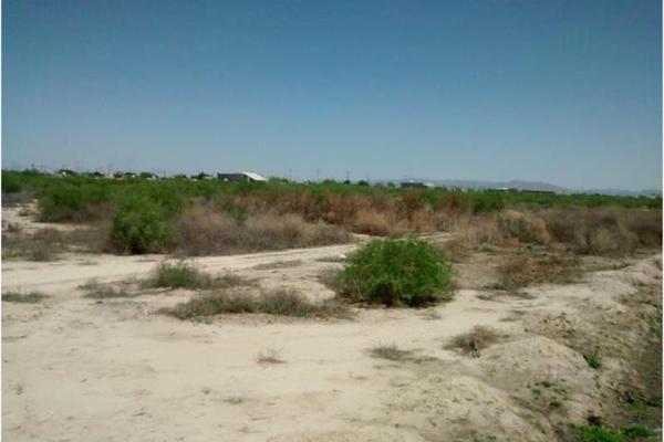 Foto de terreno habitacional en venta en s/n , la perla, torreón, coahuila de zaragoza, 4679022 No. 02
