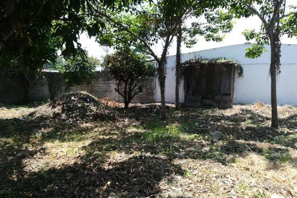 Foto de casa en venta en  , cedros, centro, tabasco, 8861892 No. 02