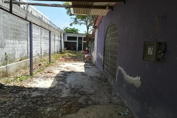Foto de casa en venta en  , cedros, centro, tabasco, 8861892 No. 14