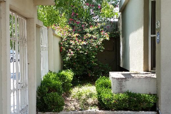 Foto de casa en venta en  , nazario s. ortiz garza, saltillo, coahuila de zaragoza, 2624260 No. 03