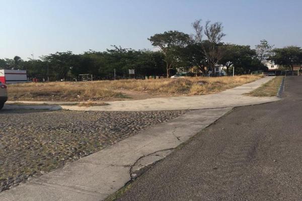 Foto de terreno habitacional en venta en nigromante 122, villa de alvarez centro, villa de álvarez, colima, 7535069 No. 02