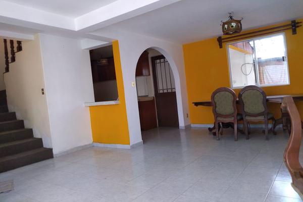 Foto de casa en venta en niños heroes 211, santa maría totoltepec, toluca, méxico, 20449778 No. 02