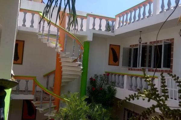 Foto de casa en venta en niños héroes manzana 12 lt 15 , puerto morelos, benito juárez, quintana roo, 3451874 No. 02