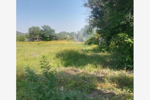 Foto de terreno habitacional en venta en  , nogueras, comala, colima, 8863203 No. 01
