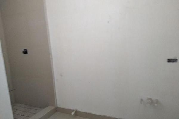 Foto de casa en venta en novena manzana 32 lote 13 colonia las fuentes , las fuentes colonial, reynosa, tamaulipas, 7265677 No. 04