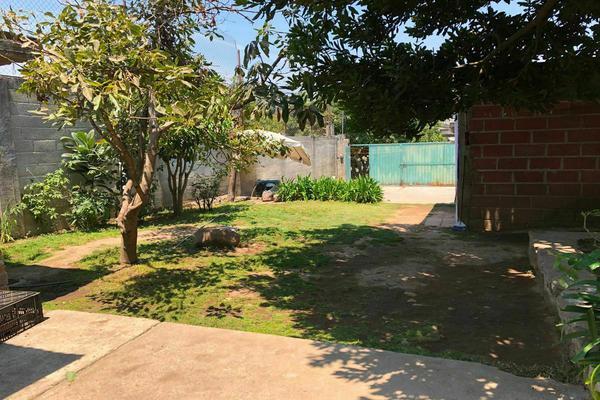 Foto de terreno habitacional en venta en  , nuevo amanecer, zitácuaro, michoacán de ocampo, 0 No. 06