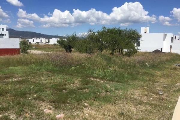 Foto de terreno habitacional en venta en  , nuevo juriquilla, querétaro, querétaro, 14035116 No. 02