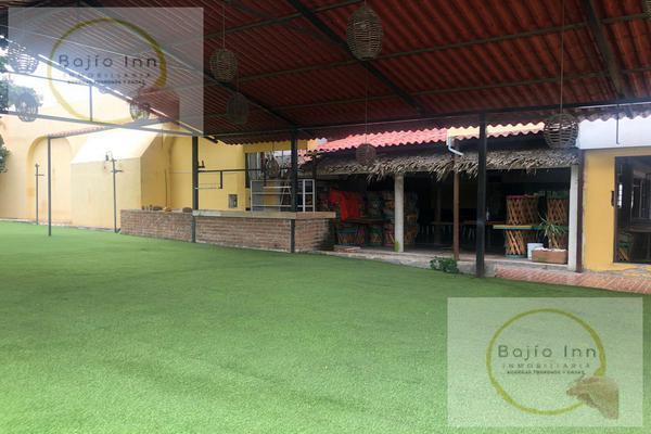 Foto de edificio en venta en  , nuevo león, león, guanajuato, 18024107 No. 02