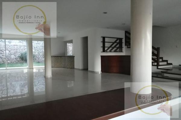 Foto de casa en venta en  , nuevo león, león, guanajuato, 20351758 No. 03