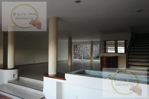 Foto de casa en venta en  , nuevo león, león, guanajuato, 20351758 No. 04