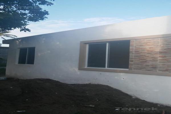 Foto de casa en venta en  , nuevo lomas del real, altamira, tamaulipas, 0 No. 02