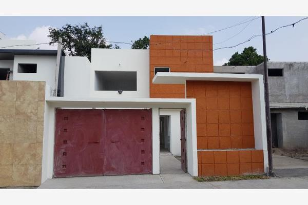 Foto de casa en venta en  , otilio montaño, cuautla, morelos, 4605927 No. 01