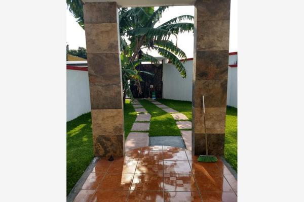 Foto de casa en venta en  , otilio montaño, cuautla, morelos, 7513508 No. 02