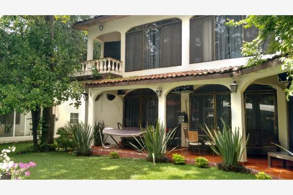 Foto de casa en venta en  , otilio montaño, cuautla, morelos, 8854691 No. 01