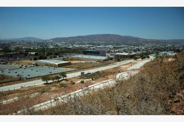 Foto de terreno habitacional en venta en  , paisajes del tapatío, san pedro tlaquepaque, jalisco, 20243060 No. 02
