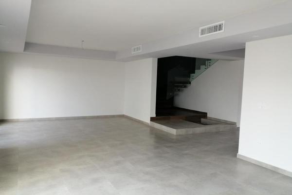 Foto de casa en venta en  , palma real, torreón, coahuila de zaragoza, 19400032 No. 02