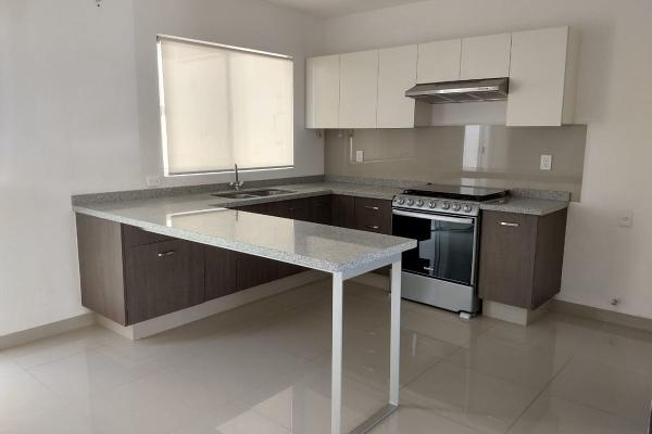 Foto de casa en renta en  , palmares, querétaro, querétaro, 14033554 No. 02